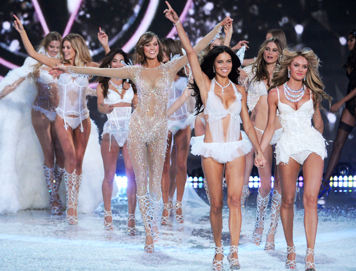 Victoria's Secret Fashion Show 2013: на подиум выходят лучшие модели мира
