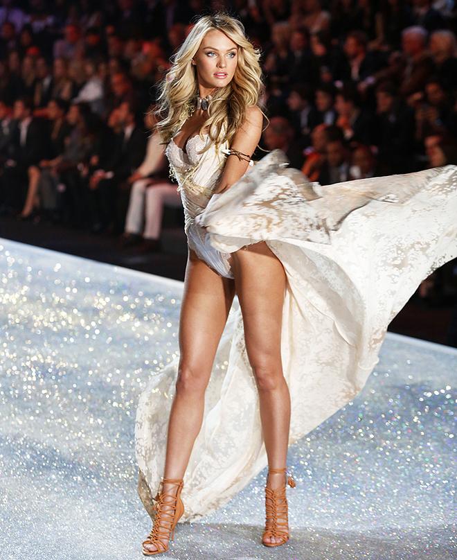 Victoria's Secret 2013 : полный фоторепортаж с дефиле