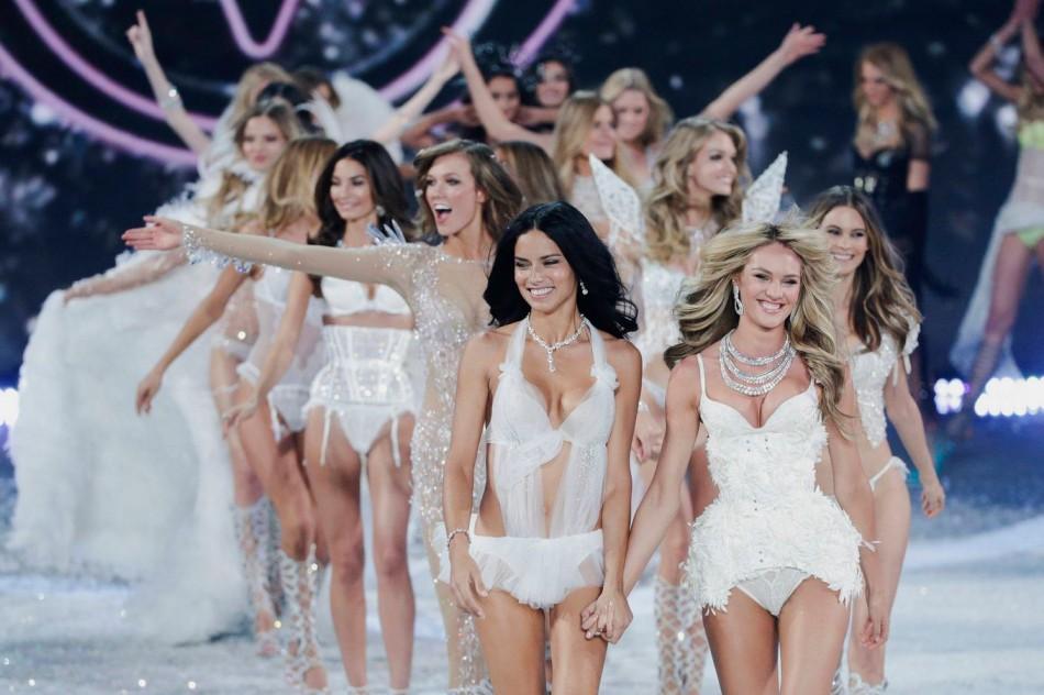Victoria's Secret Fashion Show-2013: на подиум выходят лучшие модели мира
