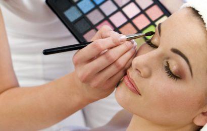 Как накрасить глаза тенями правильно