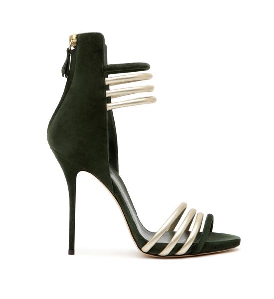Коллекцию обуви от Casadei