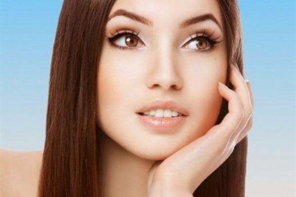 Прозрачный макияж для брюнеток с карими глазами