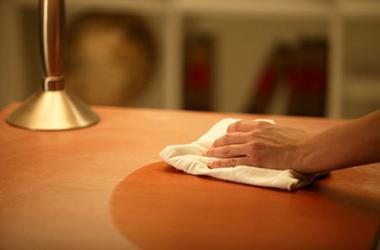 Как вытирать пыль в квартире