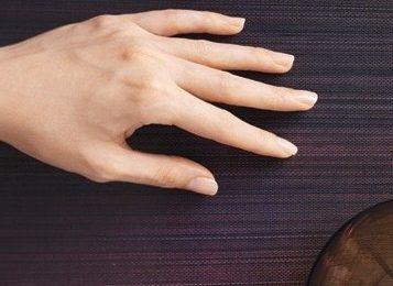 Твои ухоженные руки