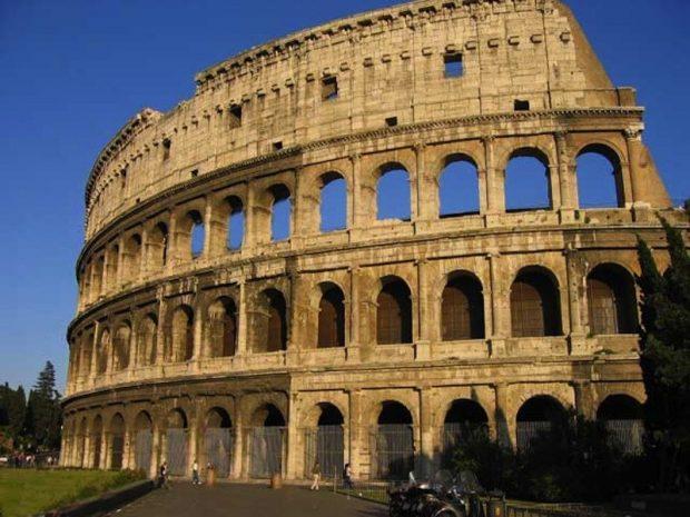 Величественный Рим на 8 марта