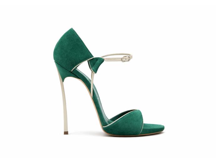 Выбираем обувь для новогодней вечеринки 2014