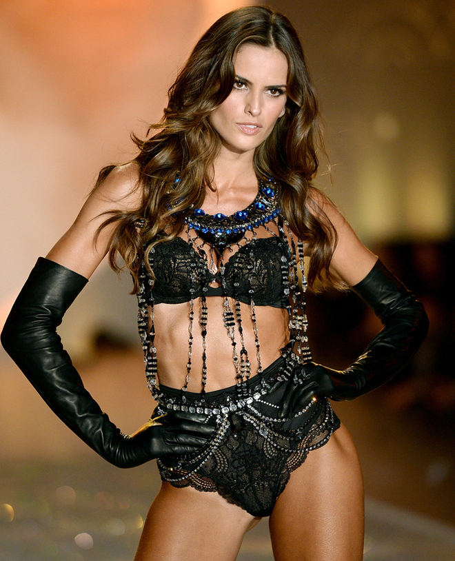 2013 Victoria's Secret Fashion Show - Izabel Goulart