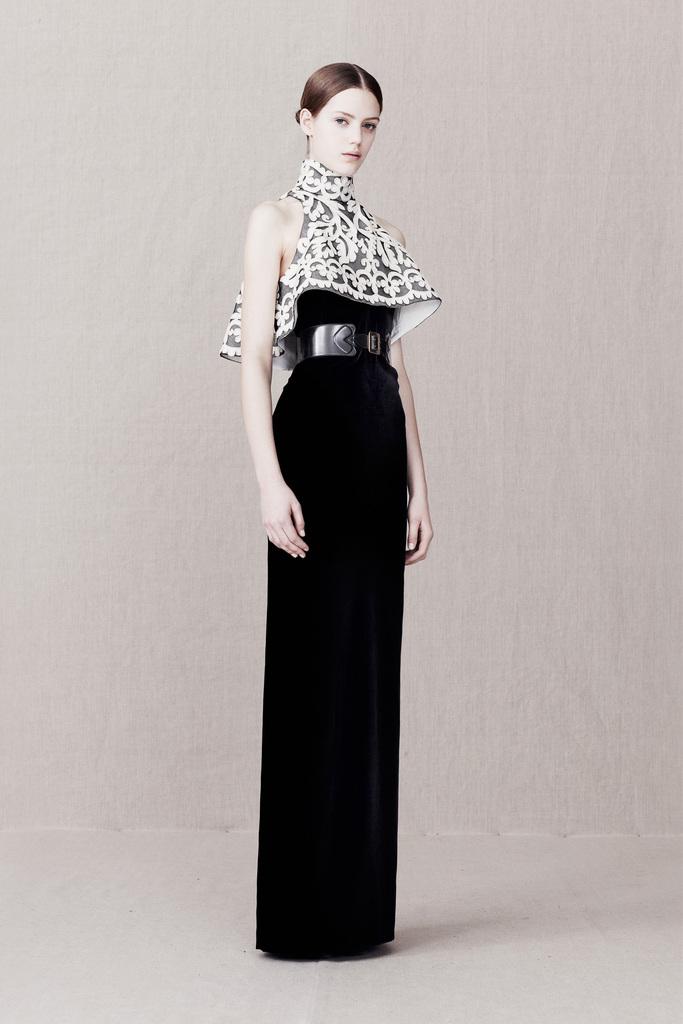 Новая коллекция Сары Бёртон для Alexander McQueen (фото и видео)