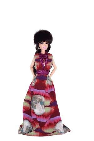 Российские дизайнеры создали наряды и аксессуары для Barbie (фото)