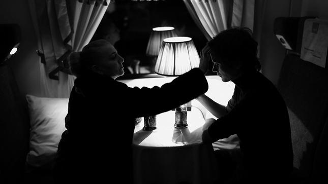 """Девушка с коробкой"": Рената Литвинова сняла модную короткометражку для Alexander Terekhov"