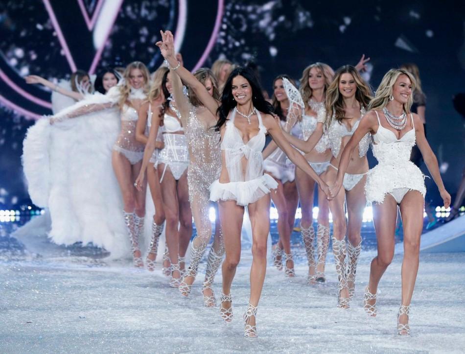 Лучшие моменты показа Victoria's Secret 2013
