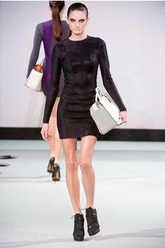 Дизайнер сумок Anya Hindmarch представила новую коллекцию 2014