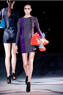 Anya Hindmarch представила новую коллекцию сумок
