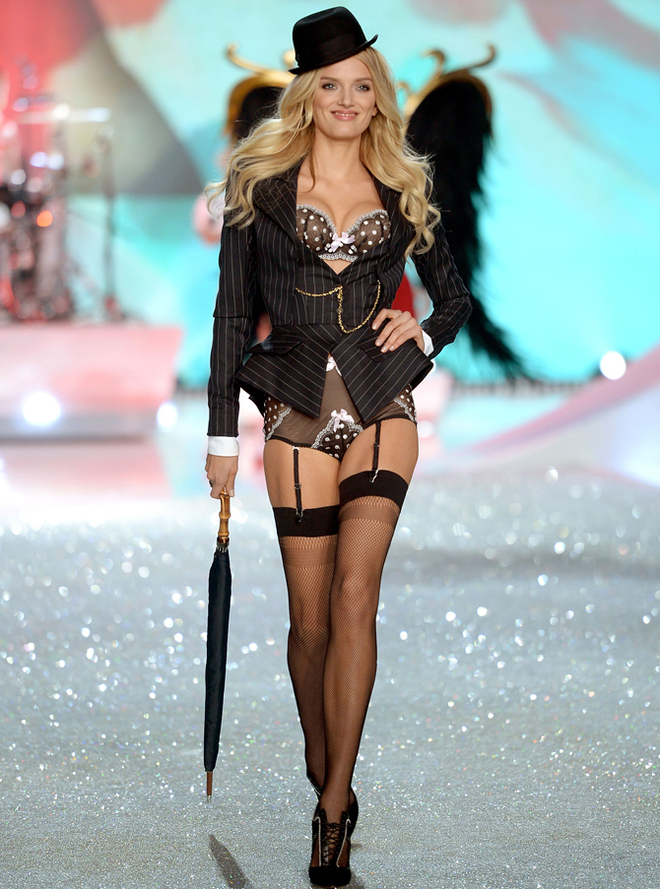 2013 Victoria's Secret Fashion Show  Lily Donaldson