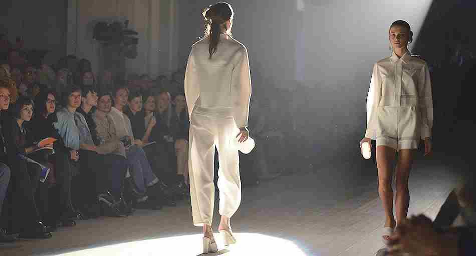 9 октября, в Киеве стартовали показы 33-й Ukrainian Fashion Week  (фото и видео)