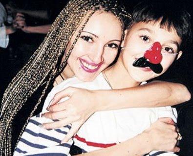Лера Кудрявцева и ее сын Жан