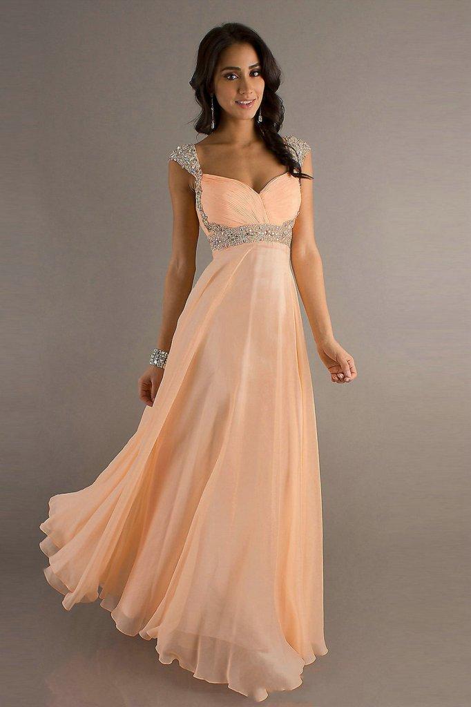 Романтичные вечерние платья