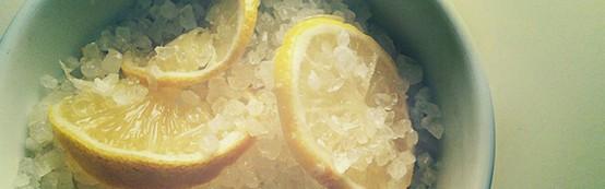 Лимонная ванночка для ногтей и рук