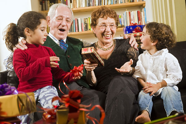 Подарок для бабушки и дедушки