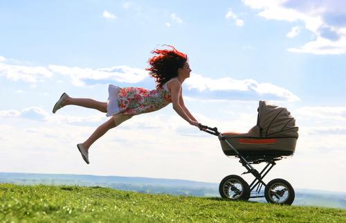Как выбрать детскую коляску - типы и виды