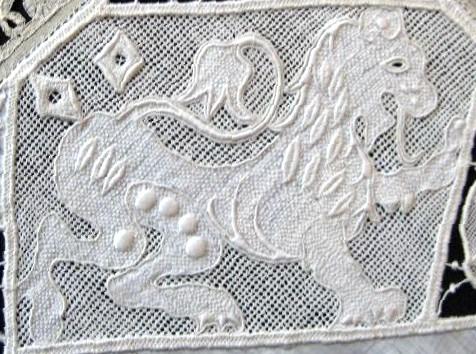 Вышивка по орнаменту