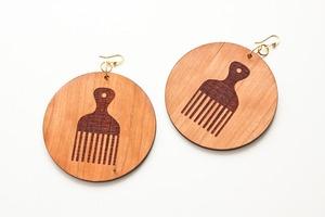 Оригинальные сережки из дерева